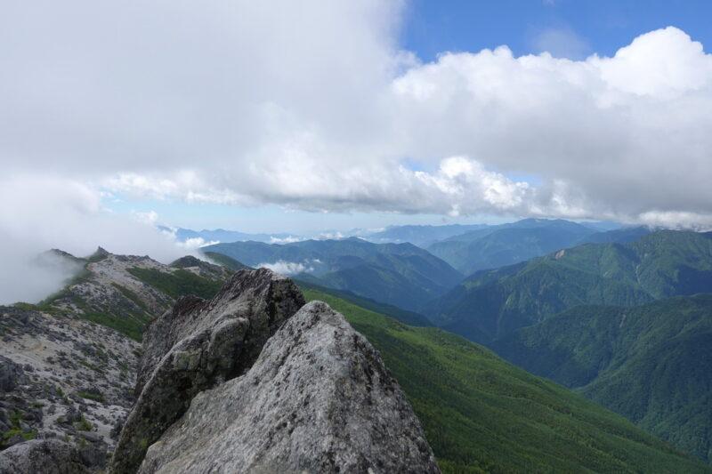 観音岳山頂からの景色