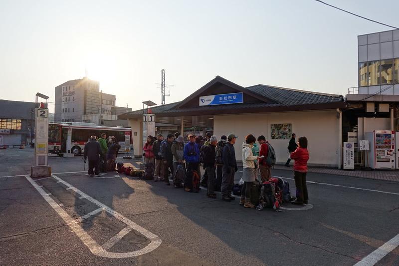 小田急線新松田駅・西丹沢自然教室行のバス停