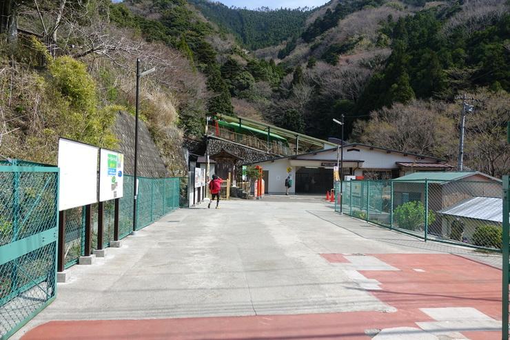 丹沢・大山・表参道・ケーブルカー駅