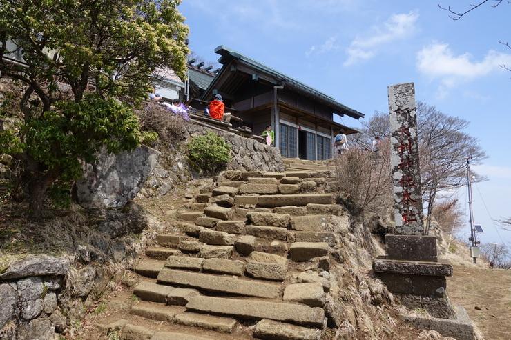 丹沢・大山の山頂