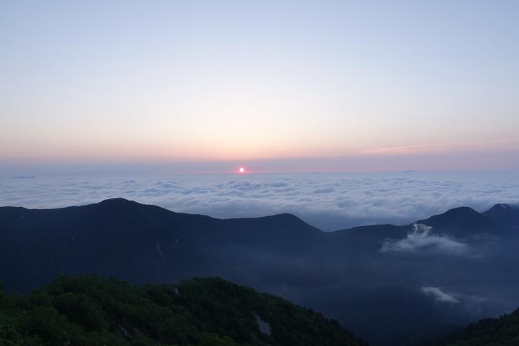 燕山荘の朝~ご来光