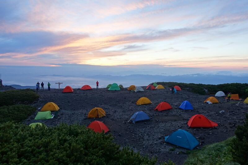 蝶ケ岳のテント場からの夜明け③