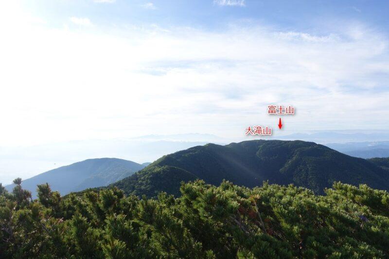 蝶ケ岳の山頂からの景色