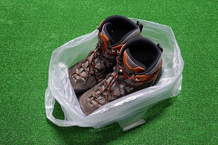 ポリ袋の登山靴置き場の作り方