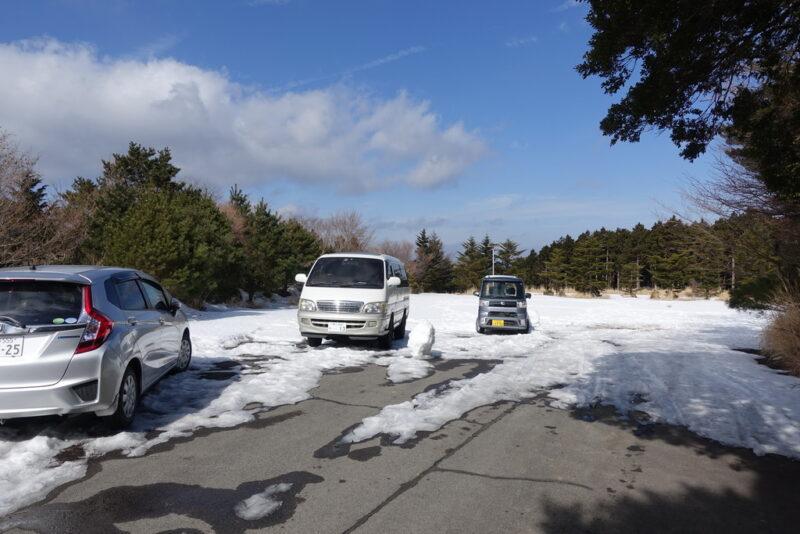 天城高原ゴルフ場のハイカー専用駐車場