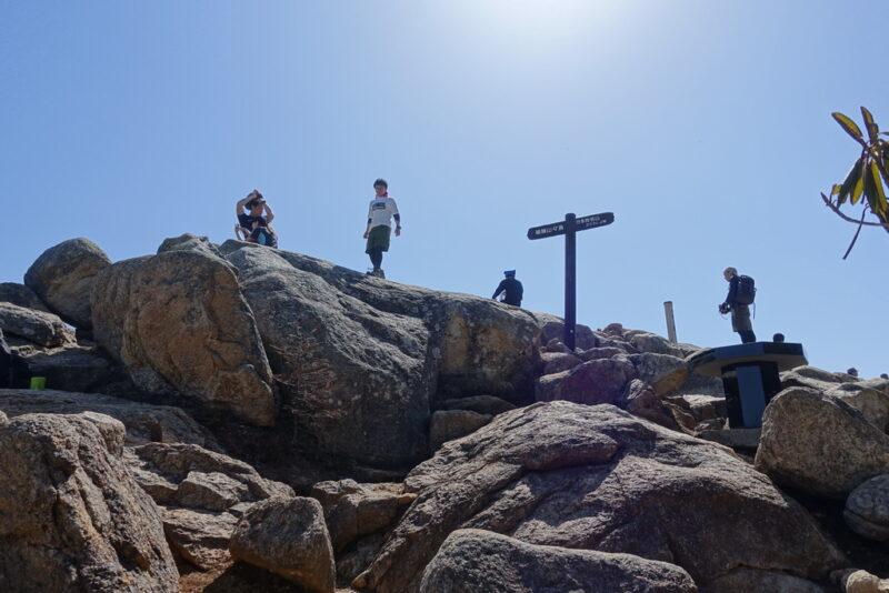 瑞牆山の山頂