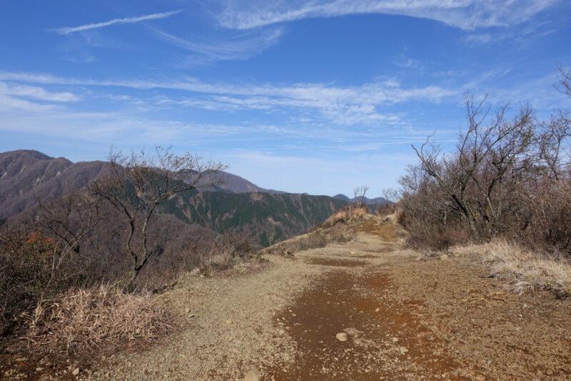 三ノ塔山頂~北端へ