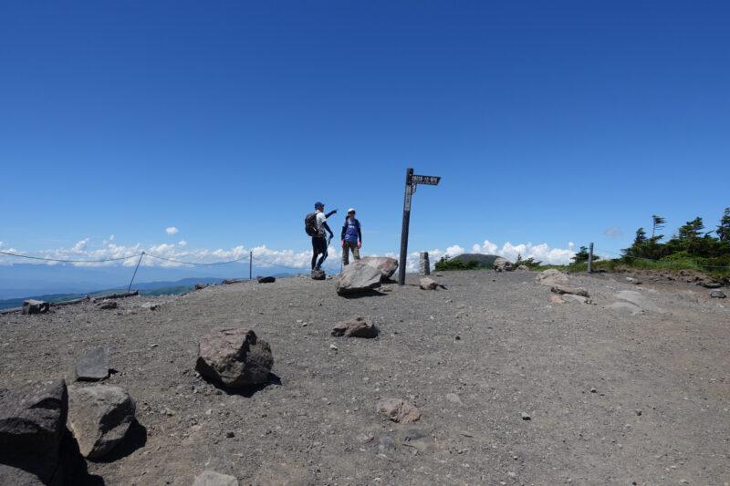 北横岳の山頂