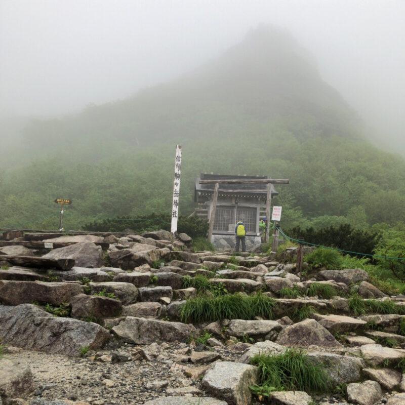 木曽駒ケ岳神社