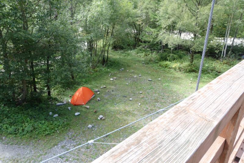 横尾山荘のテント場